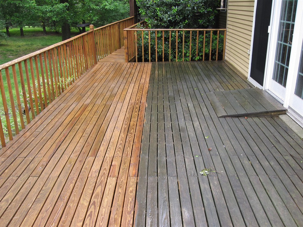 Deck cleaners and repair Monroe, MI