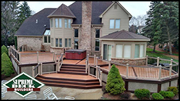 Composite Grosse Ile, MichiganTrex Deck