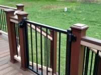 CUSTOM TREX GATE WITH LOCK