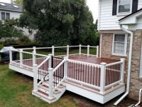 TREX GATE WITH WHITE RAIL AND FASCIA